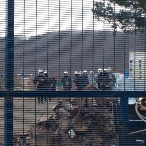 ΜΑΤ, δακρυγόνα και ξύλο στην τελευταία πορεία του χρόνου στις Σκουριές (βίντεο καιφωτό)